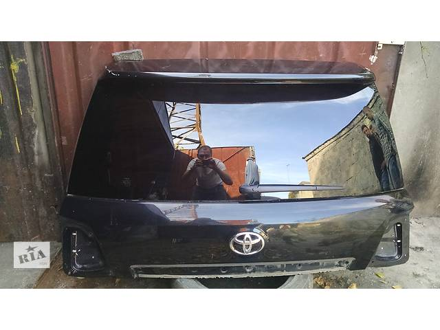 бу Б/у Дверь 5я Ляда задняя для Toyota Land Cruiser 200 67005-60G60 в Киеве