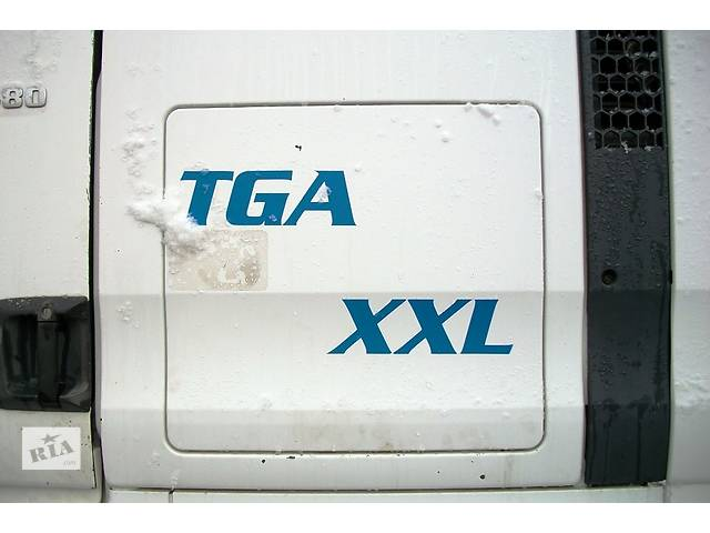 купить бу Б/у люк бардачка для грузовика МАН MAN TGA 18 480 Evro3 2003 в Рожище