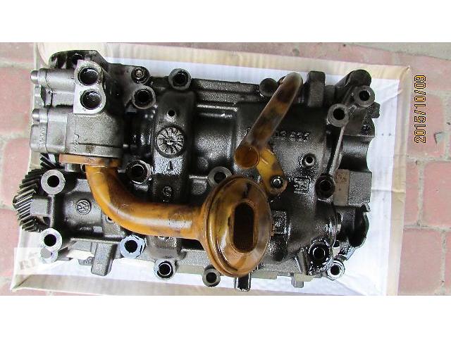 бу Б/у масляный насос 03L103537 для легкового авто Volkswagen  2010 в Хусте