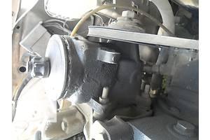 б/у Масляные насосы Mercedes 123