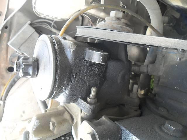 Б/у масляный насос для седана Mercedes 123- объявление о продаже  в Дубно (Ровенской обл.)