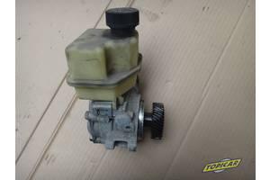 б/у Насос гидроусилителя руля Mazda 3