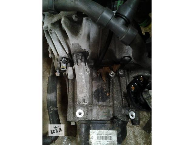 купить бу Б/у Механическая коробка МКПП Renault Kangoo Кенго 1,5 DCI К9К B802, N764 2008-2012 в Луцке