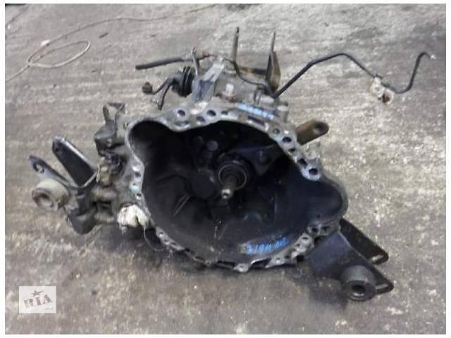 купить бу Б/у механическая кпп 30300-2B800 для седана Toyota Avensis 1999г в Николаеве