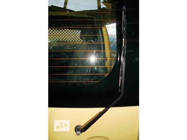 купить бу Б/у Механизм стеклоочистителя задней двери Renault Kangoo,Рено Канго,Кенго2 1,5DCI в Рожище