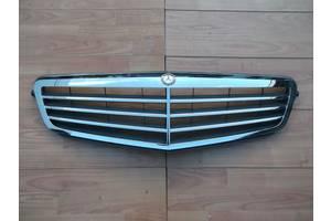 б/у Решётка радиатора Mercedes C-Class