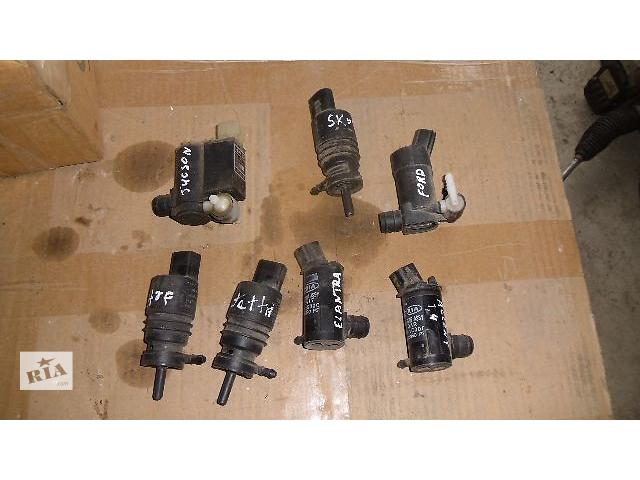купить бу Б/у моторчик омывателя для легкового авто Hyundai Accent 2007 в Коломые