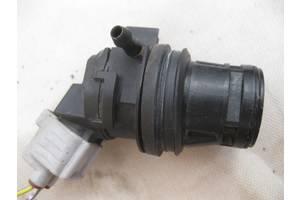 б/у Моторчик омывателя Mazda 3