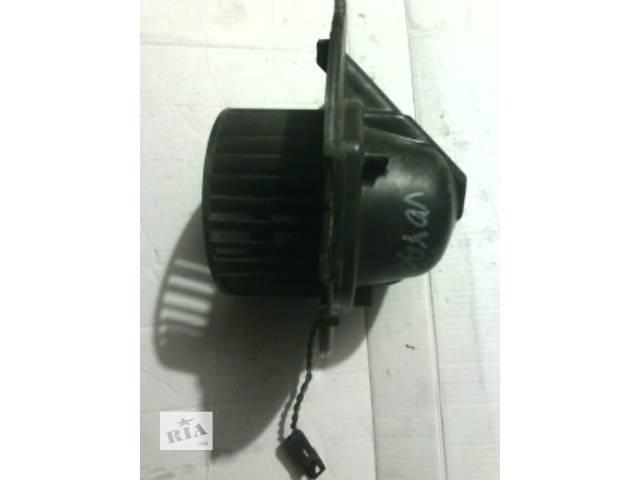 продам Б/у моторчик печки для легкового авто Chrysler Voyager бу в Ковеле