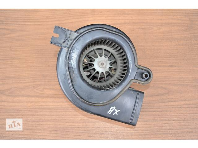 купить бу Б/у моторчик печки для легкового авто Citroen AX 1986-1998 год в Луцке