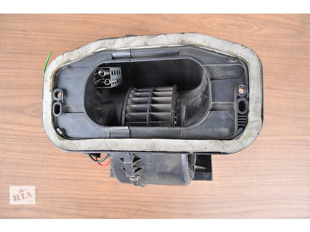 купить бу Б/у моторчик печки для легкового авто Renault Kangoo 1998-2003 год. в Луцке
