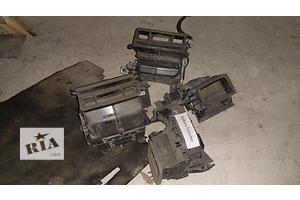 б/у Моторчик печки Subaru Forester