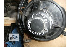 б/у Моторчик печки Volkswagen Golf IIІ