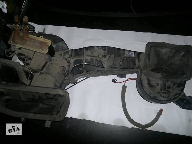 продам Б/у моторчик печки для легкового авто Volkswagen Golf III бу в Рожнятове