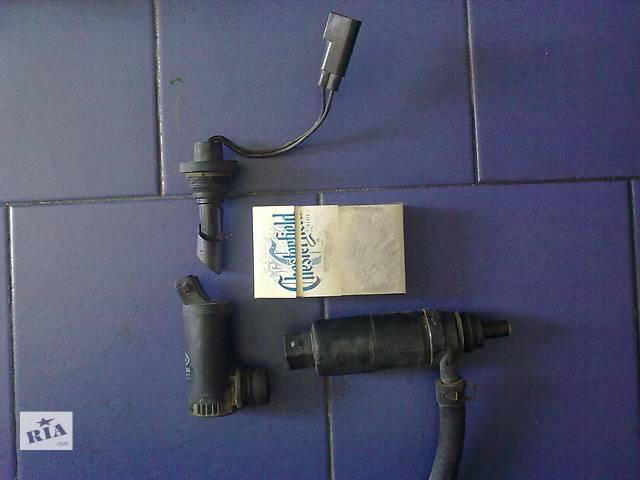 купить бу Б/у моторчик стеклоочистителя и фар,уровня жидкости, Ford Scorpio,95 в Бережанах