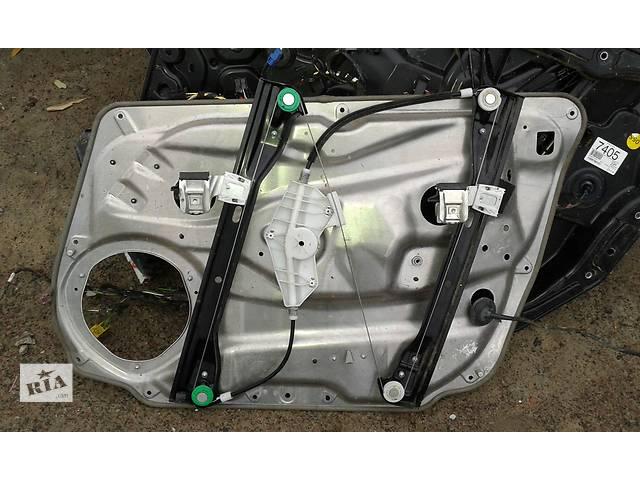 купить бу Б/у моторчик склопідйомника для легкового авто Mercedes C-Class в Луцке