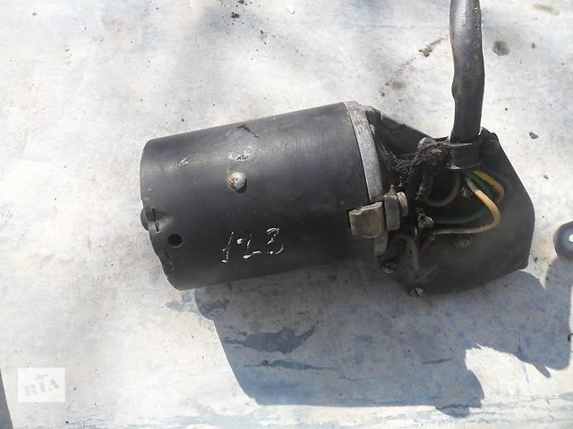 бу Б/у моторчик стеклоочистителя для легкового авто Mercedes 123 в Дубно