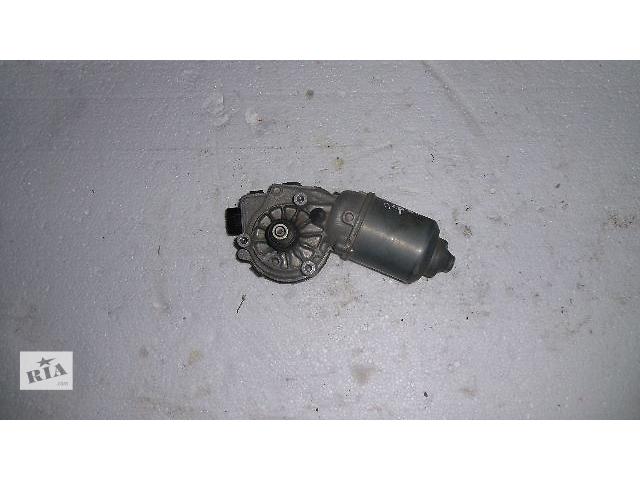 купить бу Б/у моторчик стеклоочистителя передний для легкового авто Toyota Auris 2008 в Коломые