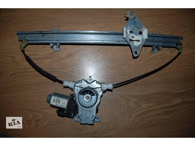 купить бу Б/у моторчик стеклоподьемника для хэтчбека Nissan Note в Днепре (Днепропетровск)