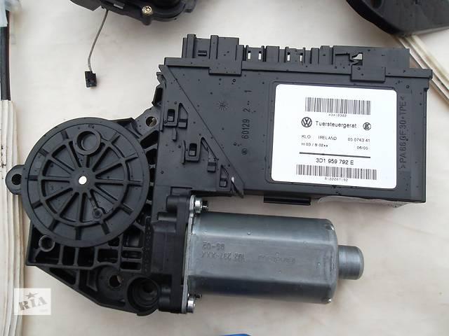 продам Б/у моторчик стеклоподьемника для легкового авто Volkswagen Touareg бу в Сумах