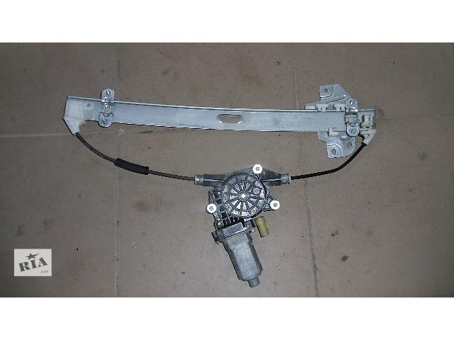 купить бу Б/у моторчик стеклоподьемника задний правый для легкового авто Hyundai Tucson 2008 в Коломые