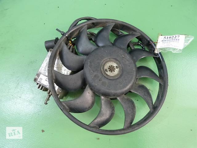 бу Б/у моторчик вентилятора кондиционера для легкового авто Audi A4 в Тернополе