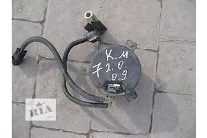 б/в Моторчики вентилятора радіатора Kia Magentis