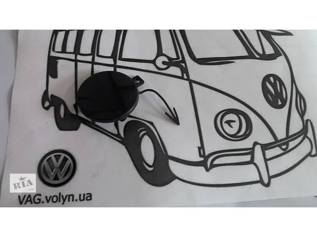 бу Б/у накладка бампера для седана Volkswagen Passat B7 в Луцке