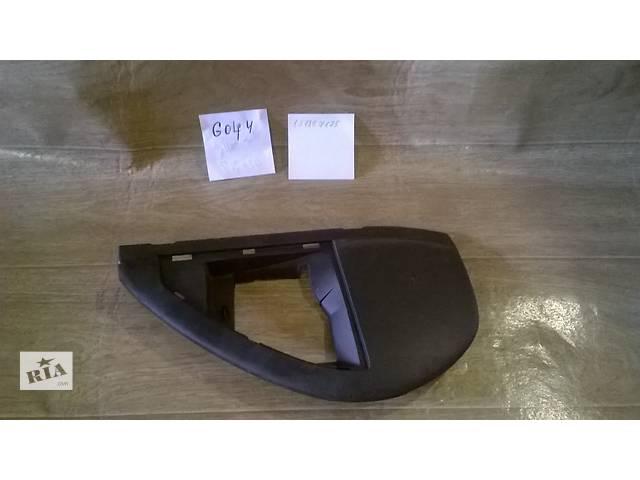 продам Б/у накладка боковая торпеды 1J1857175 для хэтчбека Volkswagen Golf IV 2000-2003г бу в Николаеве