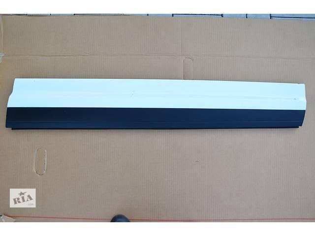 бу Б/у накладка двери (листва) для кроссовера Porsche Cayenne в Днепре (Днепропетровск)