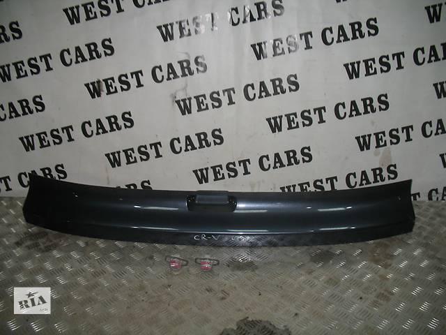 купить бу Б/у накладка двери (листва) для легкового авто Honda CR-V в Луцке