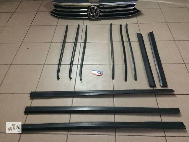купить бу Б/у накладка двери (листва) для легкового авто Volkswagen Passat B6 седан универсал в Костополе