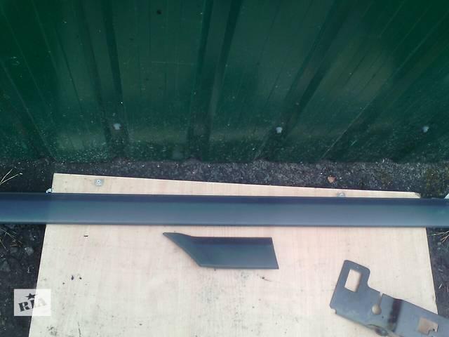бу Б/у накладка двери (листва) Mercedes Vito 639  в Маневичах