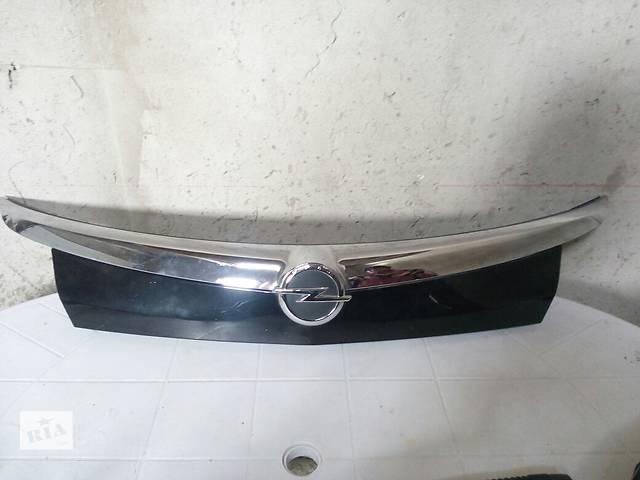 бу Б/у накладка крышка багажника для универсала Opel Insignia в Калуше