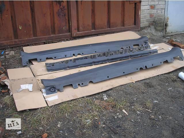 бу Б/у накладка порога для легкового авто BMW X5 E70 в Луцке