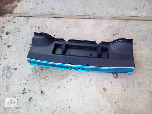 продам Б/у накладка задней панели для легкового авто Skoda SuperB бу в Луцке