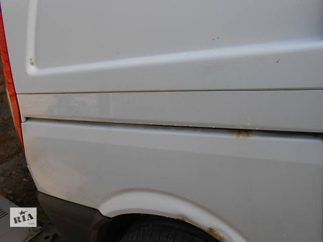 купить бу Б/у направляющая бок двери, рейка, лыжа Mercedes Vito (Viano) Мерседес Вито (Виано) V639 (109, 111, 115, 120) в Ровно