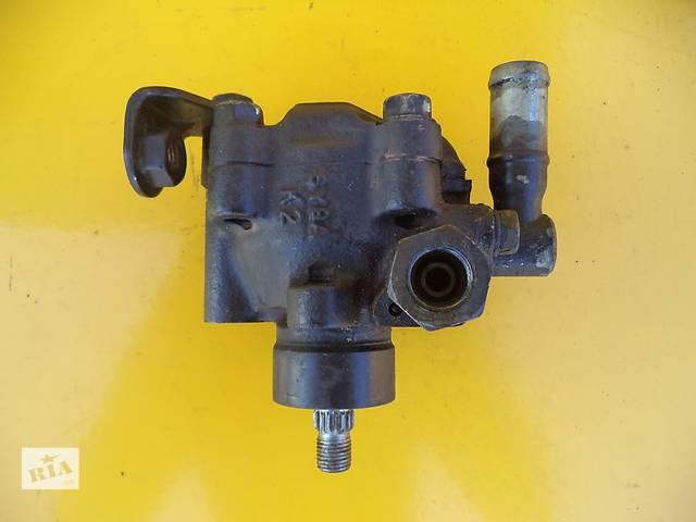 купить бу Б/у насос гидроусилителя руля для легкового авто Mazda 626 (GD)(1,6-1,8-2,0-2,2)(87-92) в Луцке