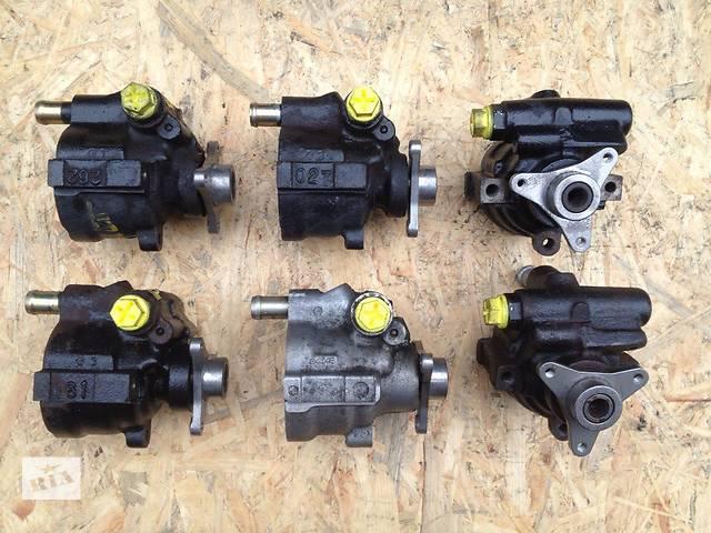 купить бу Б/у насос гидроусилителя руля для легкового авто Opel Vivaro 1.9 2.0 2.2 2.5 в Луцке