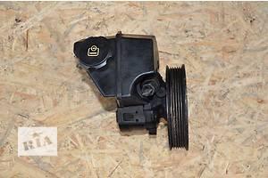 б/у Насос гидроусилителя руля Renault Laguna