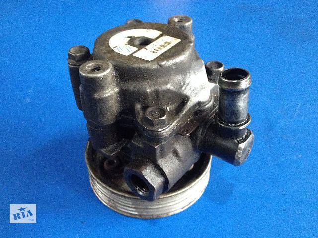 купить бу Б/у насос гидроусилителя руля для легкового авто Renault Megane 2.0 (7700846226) в Луцке