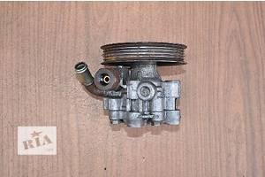 б/у Насос гидроусилителя руля Toyota Avensis