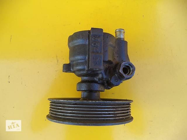 купить бу Б/у насос гидроусилителя руля для легкового авто Volvo 460 (1,9 TD)(94-96) в Луцке