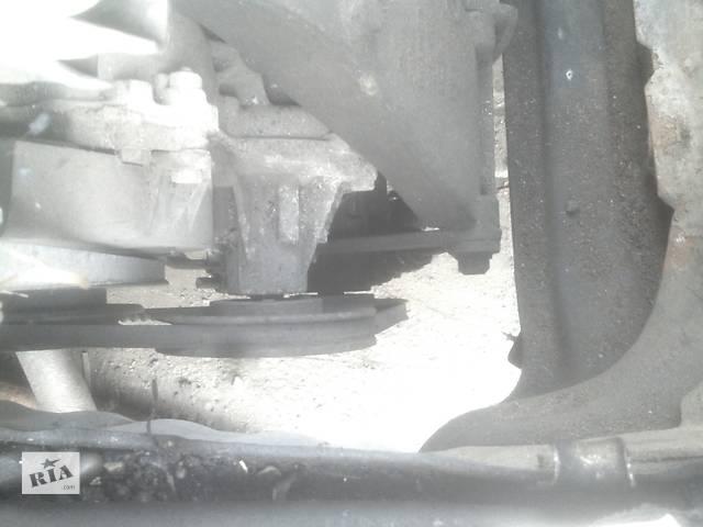 бу Б/у насос гидроусилителя руля для седана Volkswagen Jetta в Ивано-Франковске