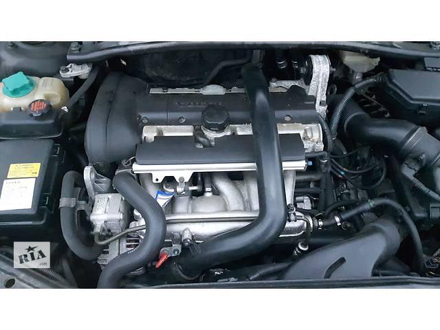бу Б/у насос гидроусилителя руля для седана Volvo S60 в Луцке