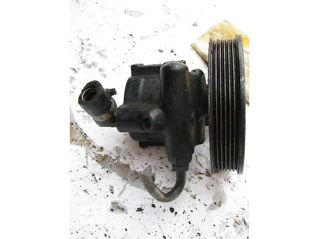 бу Б/у насос гидроусилителя руля Opel Omega B 2.0 1990-2000, 26025012 в Броварах