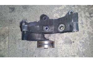б/у Натяжные механизмы генератора Opel Zafira