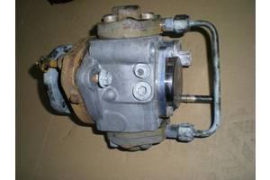 б/у Топливный насос высокого давления/трубки/шест Nissan Navara