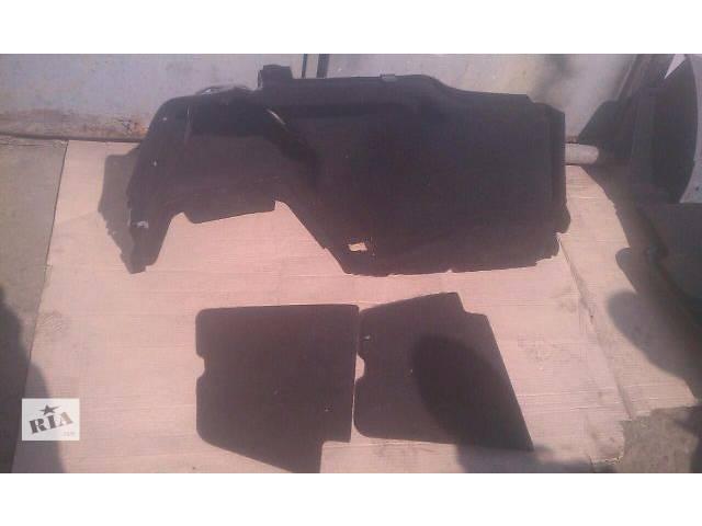 бу Б/у обшивка багажника для седана Lexus GS 300 2007г в Николаеве