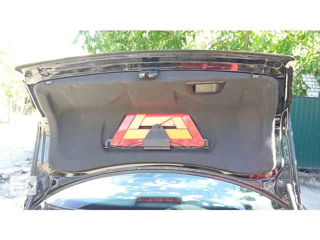 купить бу Б/у обшивка крышки багажника седан Audi A4 B5 ауди а4 б5 в Бердичеве